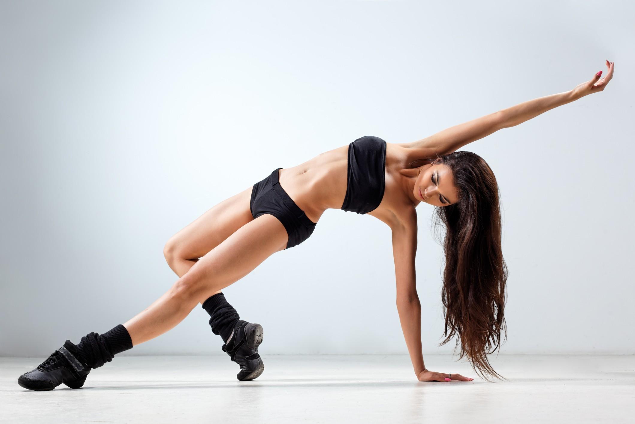 позы для фото фитнес многие
